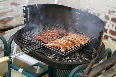 Préparer un barbecue